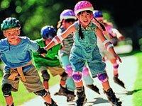 Катание на роликовых коньках— популярное хобби. Источник http://images.ameno.ru