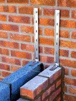Стены из кирпича надежны и долговечны. Источник http://www.stroy-ua.net