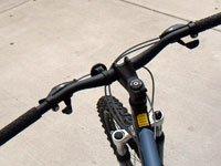 Ремонт рулевого управления велосипеда своими руками. Источник http://wikimedia.org