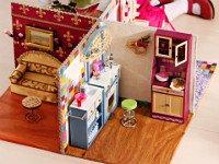 Обустроить готовый «домик» можно по-разному. Источник http://www.supersadovnik.ru