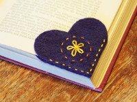 Одной иллюстрации достаточно, чтобы понять, как сделать закладку для книги в форме уголка. Источник http://assets.curbly.com