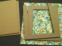 Рамки из бумаги можно декорировать даже обоями. Источник http://blog.paper-source.com