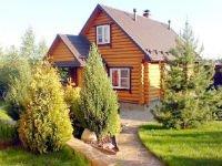 Дачный домик бревенчатой конструкции. Источник http://www.azurestate.ru